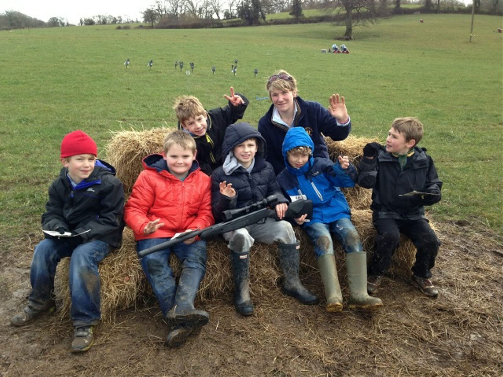 Clay shooting children, clay shooting kids, tuition, novice clay shoot, clay shoot lessons, clay target tuition exmoor